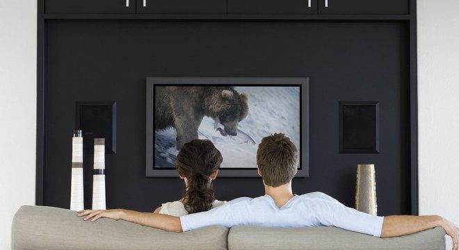 O sistema é compatível com televisões de alta resolução, mas cobra US$ 15 mil de adesão