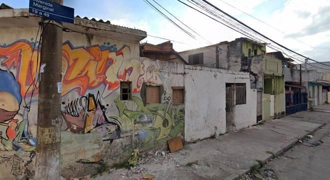 Avenida Marginal, em Guarulhos, onde corpo da criança foi encontrado