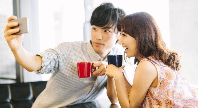 País asiático quer investir na tecnologia para aproximar casais, mas antropóloga sugere que problema é mais profundo — tem a ver com a limitação econômica dos jovens, ela diz