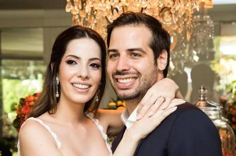 Os noivos  Alessandra Cury e Henrique