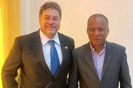 Casares ao lado do primeiro-ministro de Cabo Verde