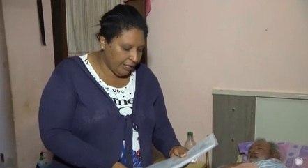 Jaqueline deixou o emprego pra cuidar do marido