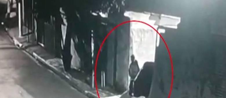 Homem foi identificado e revelou nome de segundo envolvido no crime