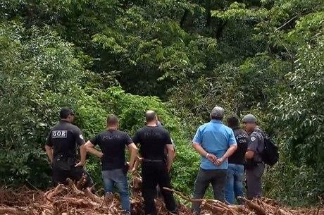 Corpo foi encontrado pela polícia em área de matagal