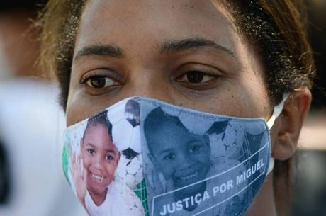 Mirtes Renata, mãe de Miguel Santana da Silva