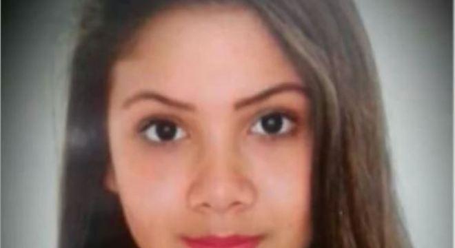 Menina Vitoria Esta Desaparecida Desde O Dia  De Junho
