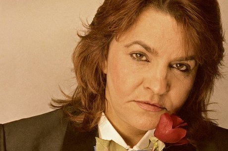Vania Toledo Cassandra era pseudônimo de Odete Rios, nascida em 1932 em São Paulo