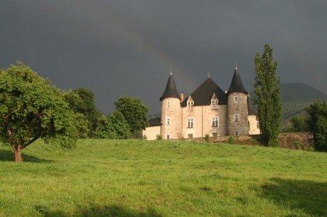 Castelo começou como torre de vigilância há 1 mil anos