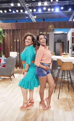 Catarina Abdalla e Samantha Schmütz em Vai Que Cola