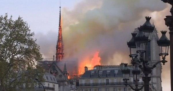 Veja imagens do incêndio que atingiu a catedral de Notre-Dame