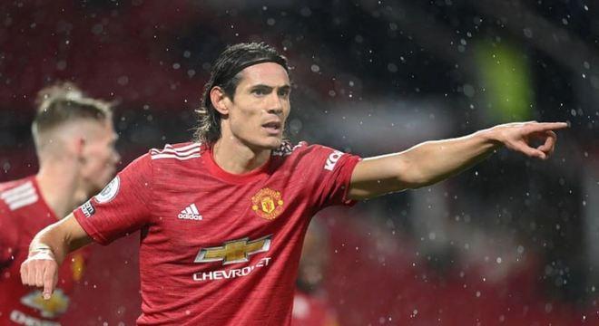 Cavani (33 anos) - Clube atual: Manchester United - Posição: atacante - Valor de mercado: 12 milhões de euros