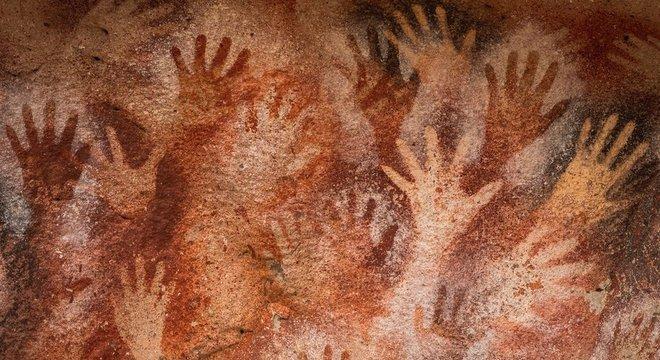 Caverna das mãos na Argentina.