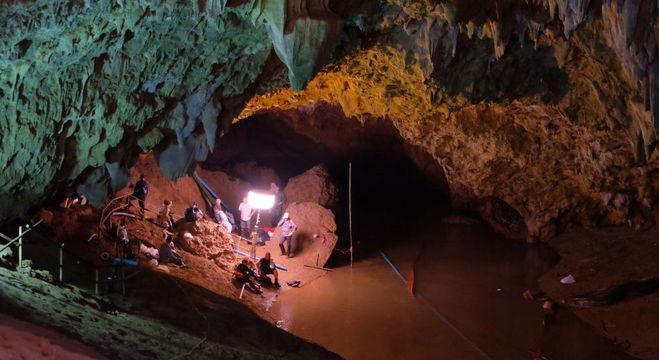 Presença de trabalhadores pode deixar ar da caverna tóxico