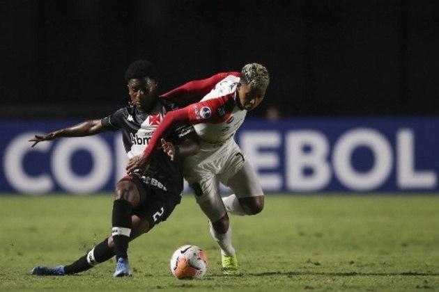 Cayo Tenório (lateral-direito) - Vasco 0 x 1 Flamengo - Maracanã - Campeonato Carioca - 22 de janeiro de 2020.