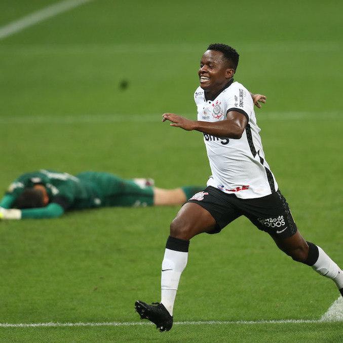 Cazares marcou segundo gol da vitória tranquila do Corinthians em Itaquera