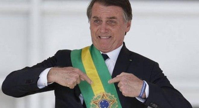 Bolsonaro diz que nasceu para ser militar e não presidente ...