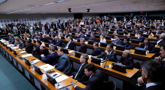 Texto da reforma será analisado na CCJ da Câmara dos Deputados