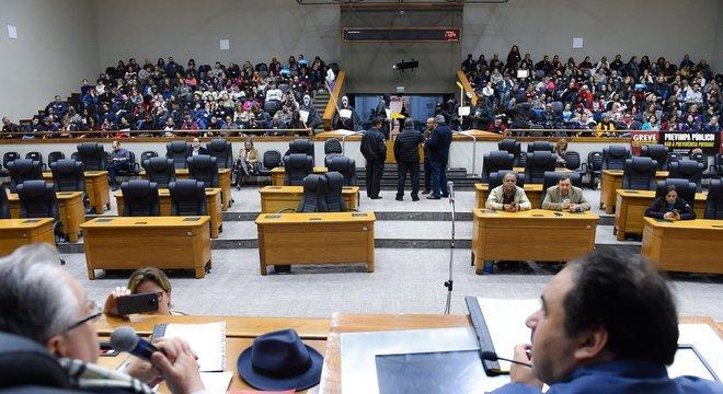 CCJ da Câmara de Vereadores aprovou recurso do vereador Mauro Zacher Crédito: Leonardo Contursi / CMPA / Divulgação CP