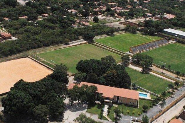 Ceará - CT Luís Campos: Também conhecido como Cidade Vozão, faz homenagem ao advogado, jornalista e professor universitário Luís Queiroz Campos, com vasta história ligada à capital cearense e ao Estado, mas principalmente ao clube.
