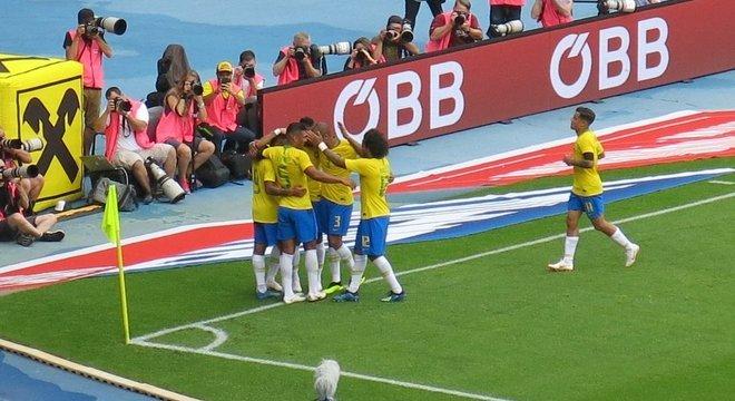 Brasil 2 X 0