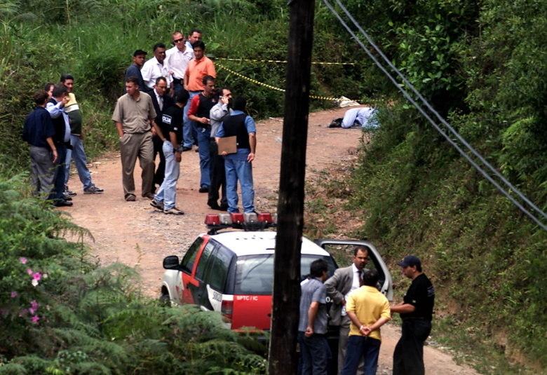 Celso Daniel, de 51 anos, foi encontrado morto na Estrada das Cachoeiras, em região afastada do município de Juquitiba, na Grande São Paulo, no dia 20 de janeiro de 2002