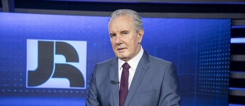 "Celso Freitas está de volta ao ""Jornal da Record"""