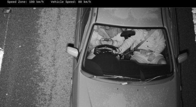 Motorista são multado por câmeras inteligentes na Austrália