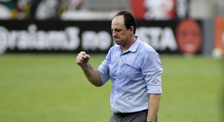 Rogério Ceni foi campeão brasileiro com o Flamengo nesta quinta-feira