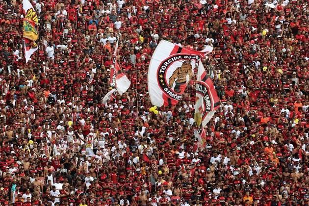 VITÓRIA - Em 2009, o time baiano tiveram êxitos regionais. Venceram a Copa do Nordeste e o Campeonato Baiano. No Brasileiro ficaram com a 3ª colocação.