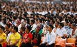 Para este centenário, as autoridades chinesas, especialistas em gestão de multidões, planejaram uma encenação em grande estilo