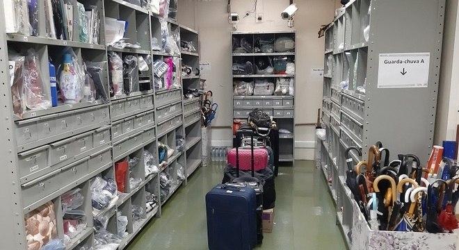 Todos objetos são catalogados e ficam por 60 dias na Central da Sé