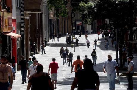 Governo de SP considera de 55% o isolamento ideal