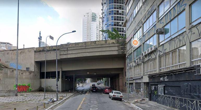 Caso de homem achado morto em apartamento foi registrado como morte suspeita no DHPP