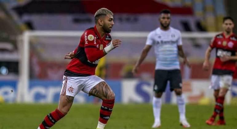 Flamengo costuma ter muitos jogadores convocados para seleções