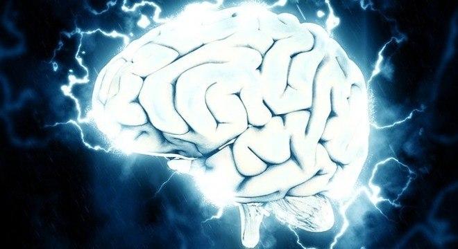 Ondas cerebrais se sincronizam de forma diferente de acordo com a língua falada
