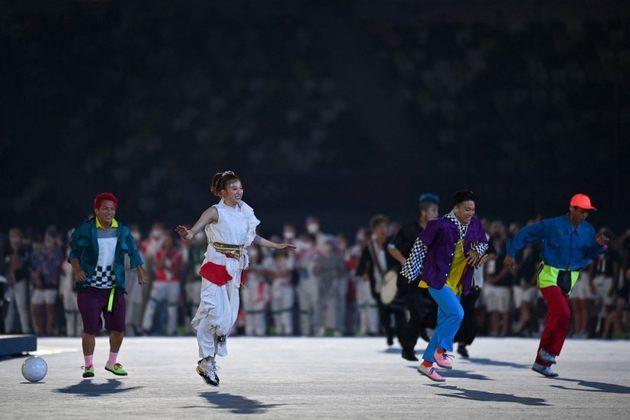 CERIMÔNIA DE ENCERRAMENTO - Uma das novidades dos Jogos Olímpicos de Paris será o break-dance. A modalidade foi lembrada durante a cerimônia de encerramento.