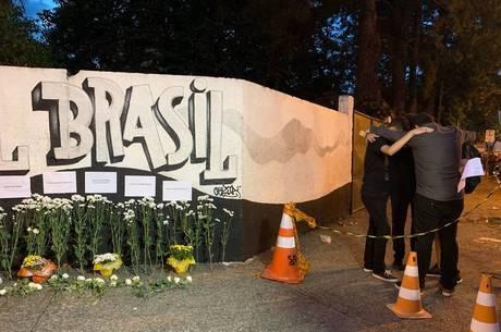 Homenagens após tragédia em Suzano