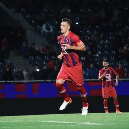 Cerro Porteño: campeão do Torneio Apertura - Entra diretamente na fase de grupos.