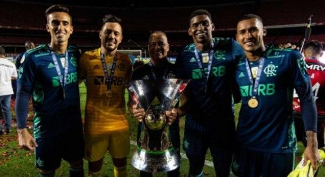 César, Diego Alves, Wagner Miranda, Hugo Souza e Gabriel Batista