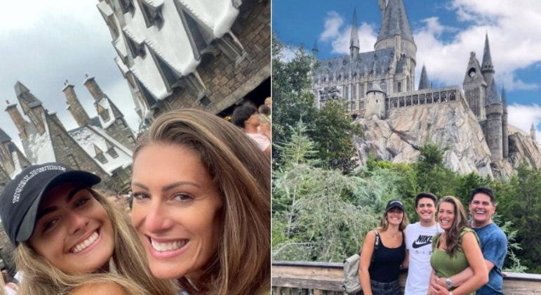 A família curtiu os parques do Universal Studios, em Orlando. Eles posaram na área temática dos filmes da franquia Harry Potter: