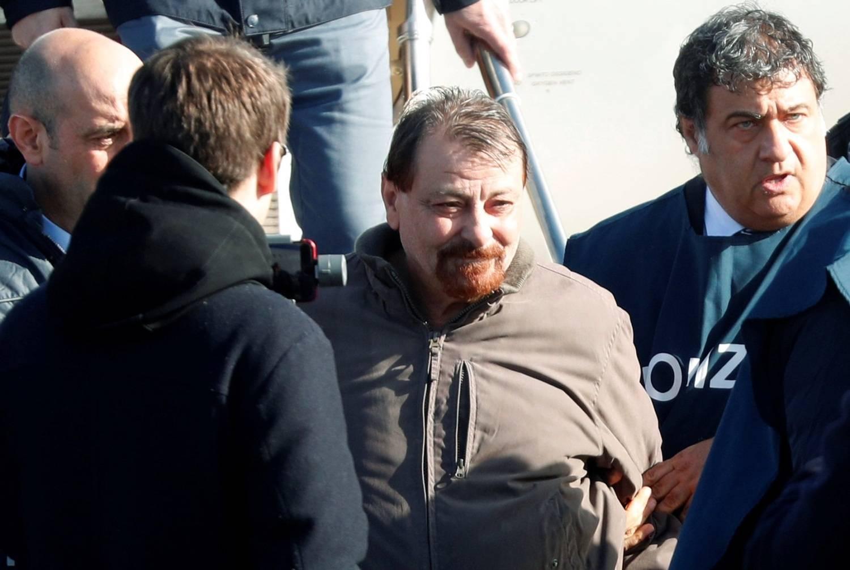 Cesare Battisti admite participação em 4 assassinatos na Itália