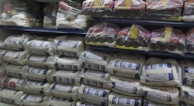 Bandidos roubam carga de cestas básicas para população da zona leste de SP