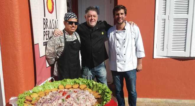 Chef e promotor cultural, Oscar Vasques Solis fez um ceviche de 50 kg em SP