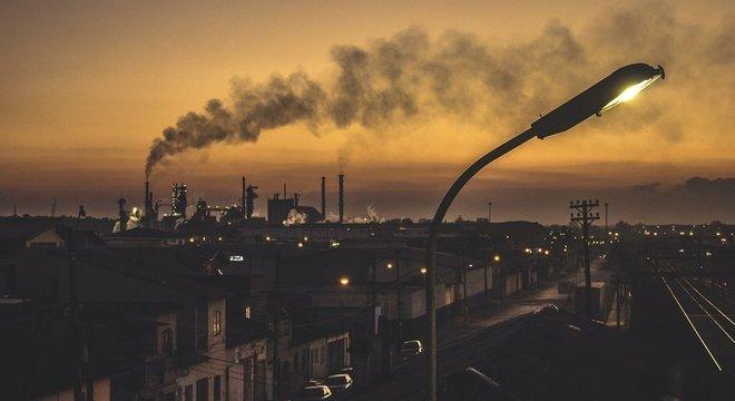 Não há como fugir dos riscos da poluição do ar, diz Saldiva