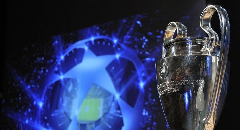 O lindo troféu da Champions