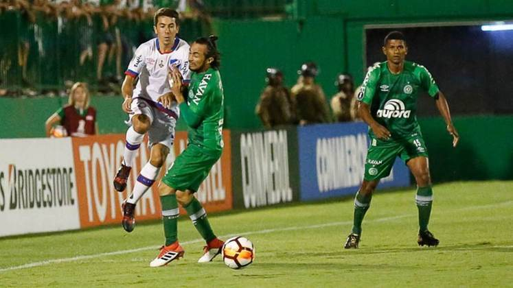 Chapecoense: 1 vitória- Em sua única participação na Libertadores, a Chape venceu o Zulia na Venezuela