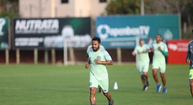 Junior Santos destaca duelo com o Torino