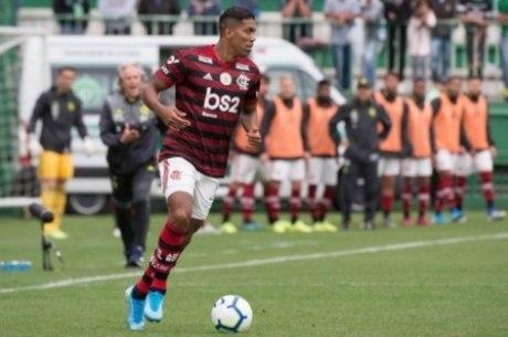Berrío é  jogador do Fla e bicampeão da Libertadores