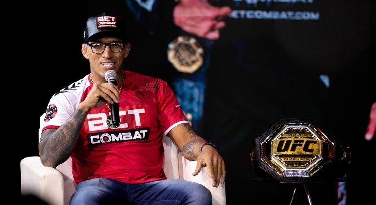 Campeão do UFC, Charles do Bronx quer bater mais recordes e marcar nome história