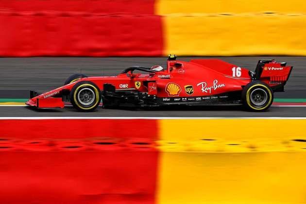 Charles Leclerc lamentou a falta de desempenho do carro e disse que o SF1000 era lento até com o DRS aberto